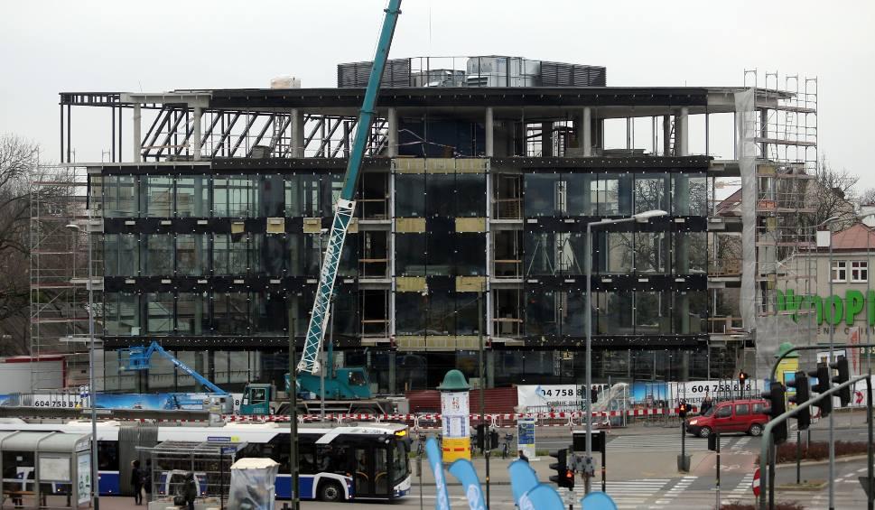 Film do artykułu: Kraków. Nowy biurowiec powstaje przy rondzie Grunwaldzkim