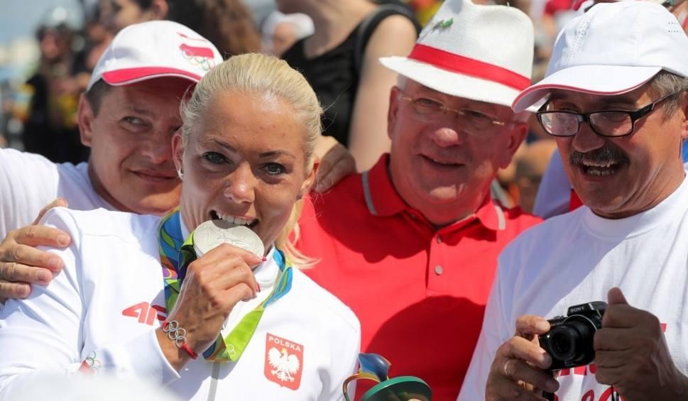 Film do artykułu: Rio 2016: Marta Walczykiewicz ma srebrny medal K1 na 200 m [ZDJĘCIA]