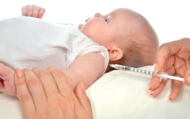 Córka lekarzy: Nie szczepię dzieci i są zdrowe. Szczepionki są zbyt ryzykowne