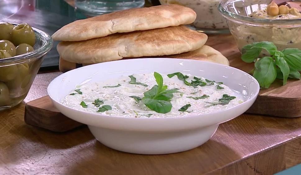 Film do artykułu: Hummus, tzatziki i pasta z bakłażanów, czyli cypryjskie smakołyki [WIDEO]