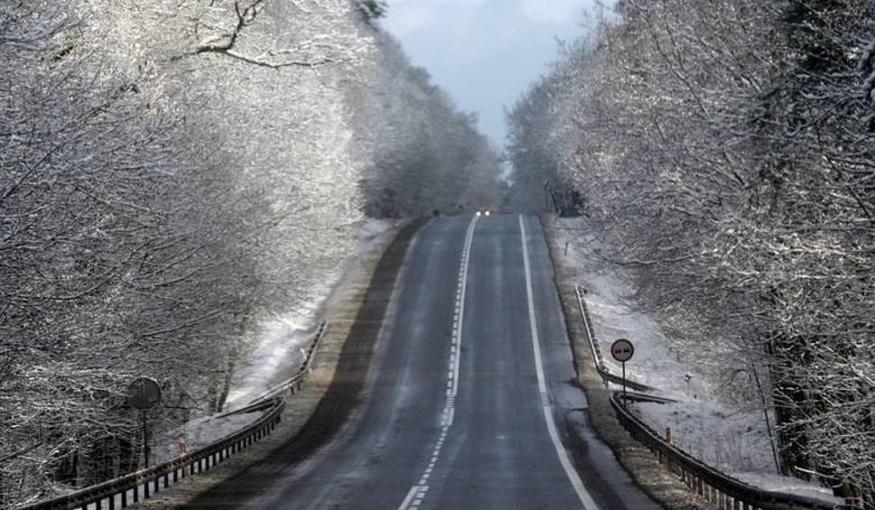 Film do artykułu: LUBUSKIE. Ostrzeżenie IMGW dla regionu. Będzie padał marznący deszcz. Uwaga na drogach i chodnikach!