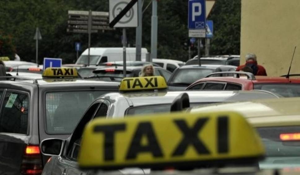 Film do artykułu: Taksówkarze z Zabrza chcą większej weryfikacji kierowców