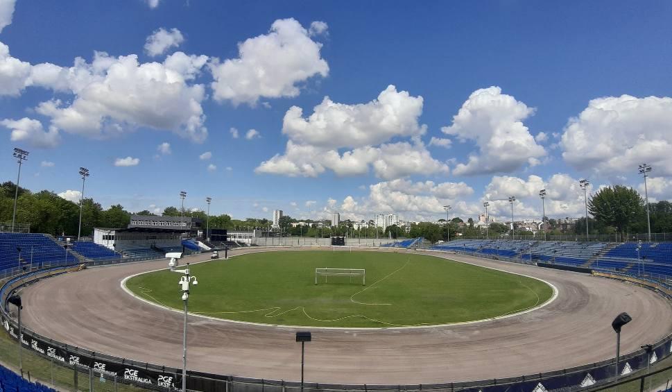 Film do artykułu: Wszystko gotowe na pierwszy w tym roku trening żużlowców Motoru Lublin na stadionie przy Al. Zygmuntowskich. Zobacz wideo