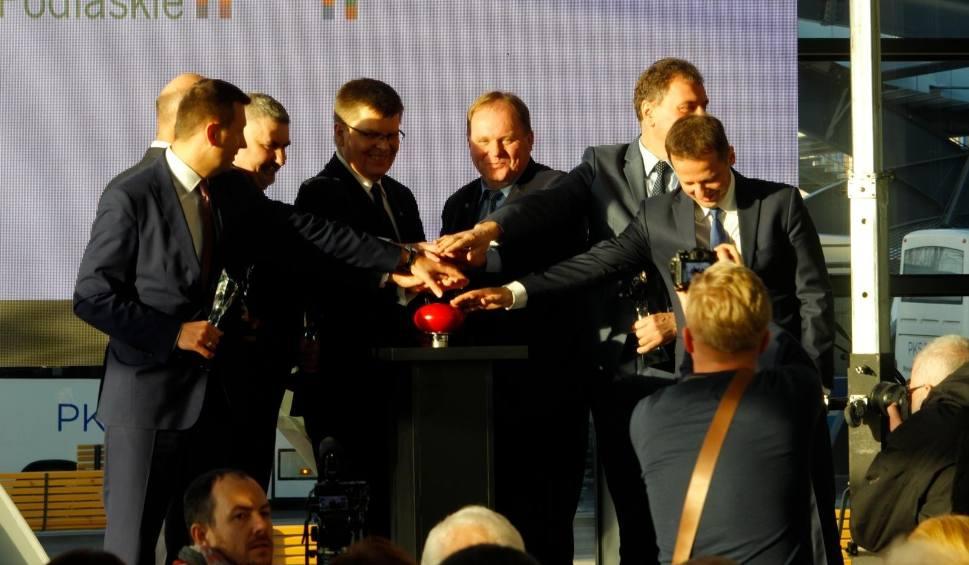 Film do artykułu: Dworzec PKS w Białymstoku już otwarty. Od dzisiaj oficjalnie [ZDJĘCIA, WIDEO]
