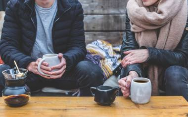 Pewnie wielu z Was nie może wyobrazić sobie początku dnia bez kubka aromatycznej kawy. Tak samo poobiedni relaks najlepiej smakuje, gdy na stoliku stoi