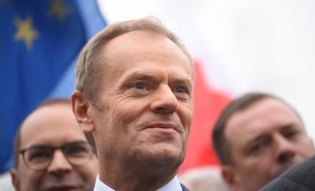 """Donald Tusk w """"Faktach po Faktach"""" unikał deklaracji startu w wyborach prezydenckich. Zapowiedział wsparcie dla opozycji przed wyborami"""