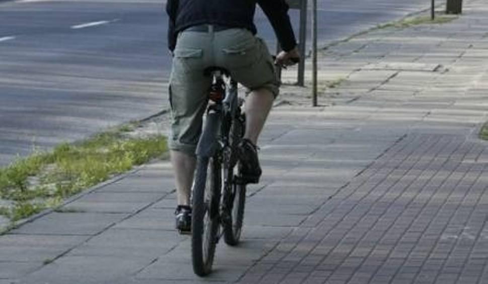 Film do artykułu: Lębork. 11 nietrzeźwych rowerzystów zatrzymano w weekend