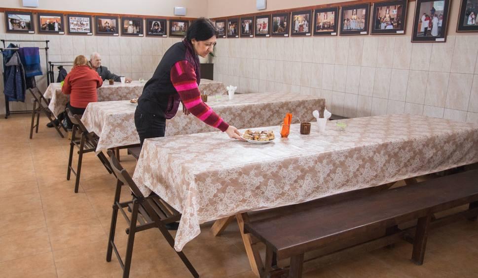 Film do artykułu: Parafia św. Józefa utworzono pierwszą parafialną jadłodajnię [zdjęcia]