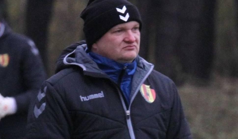 Film do artykułu: Maciej Bartoszek, trener Korony Kielce, zdziwiony decyzją Stokowca