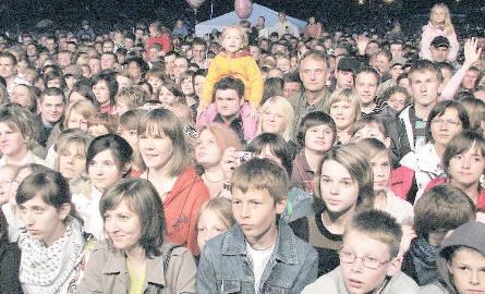 Około 10 tysięcy osób bawiło się podczas sobotniego festynu. Już dawno nie było w regionie  imprezy o takiej frekwencji