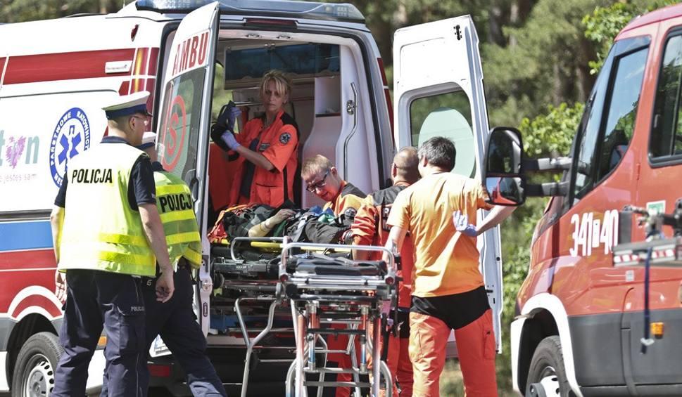 Film do artykułu: W wypadku zginęły dwie młode dziewczyny. Jak do niego doszło?