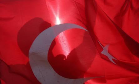 Turcja: wybuch samochodu-pułapki w mieście Viransehir. Nie żyje 3-letnie dziecko