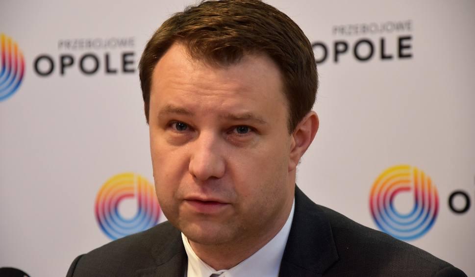Film do artykułu: Czy prezydent Arkadiusz Wiśniewski żałuje konfliktu z marszałkiem Andrzejem Bułą?