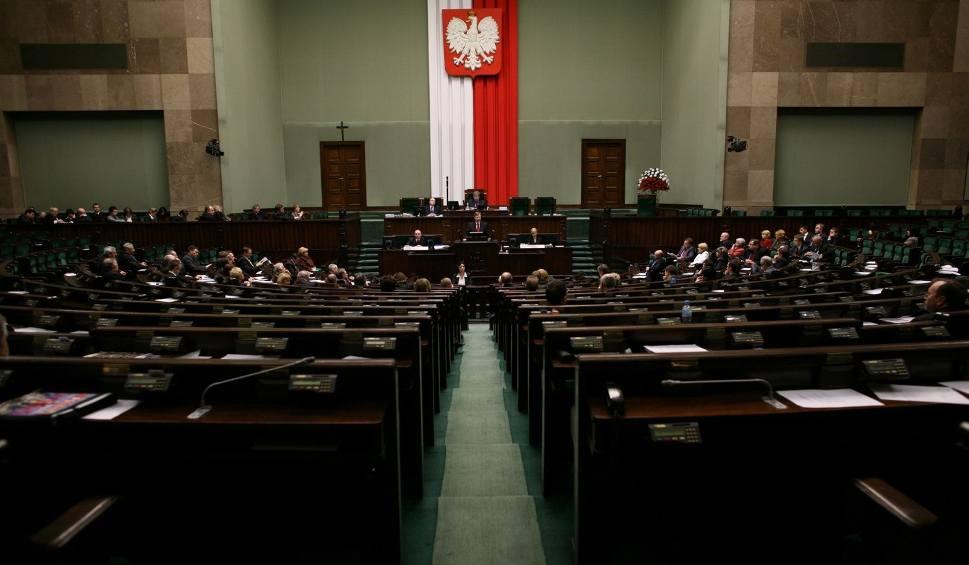 Film do artykułu: Oceniamy parlamentarzystów z Łódzkiego. Partie już walczą o miejsca w Sejmie i Senacie