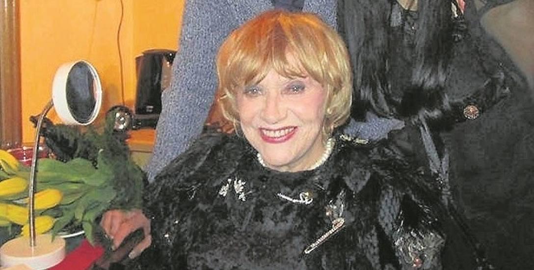 """Krystyna Sienkiewicz mówiła """"Kocham dwunogów, czterołapy też. Wszystkich"""""""