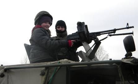 Wielkie Radowiska. Dzieci podarowały maskotki swoim rówieśnikom z Kosowa