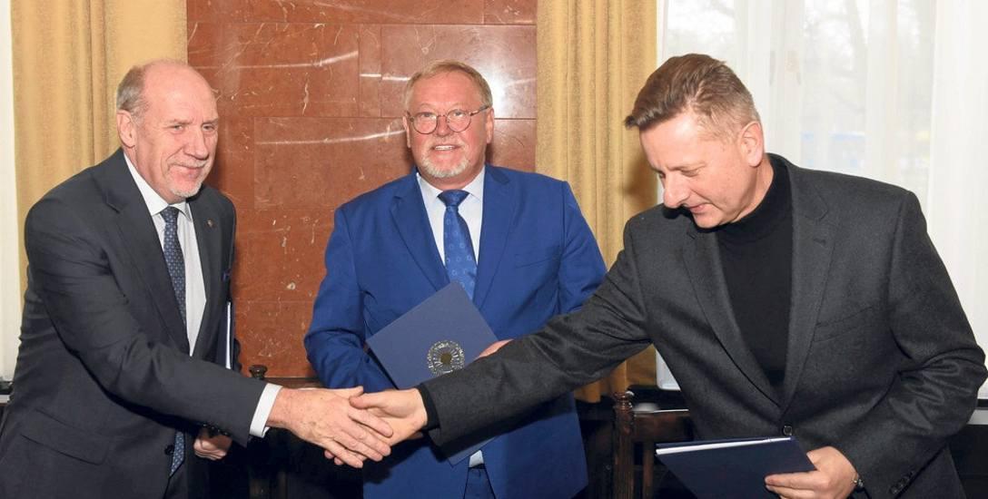 Rektorzy Utp, Umk i UKW podpisali wczoraj umowę o powołaniu centrum medycyny weterynaryjnej.