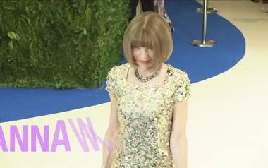 """Anna Wintour - """"guru mody""""uhonorowana przez Elżbietę II"""