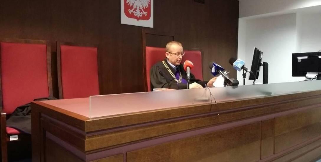 Sędzia Artur Majsak: - Oskarżony, raniąc policjanta, chciał wywołać u niego zagrożenie