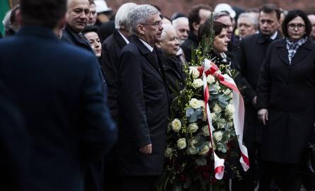 18.04.2017 krakow  okolice wawelu rocznica pogrzebu pary prezydenckiej lech i maria kaczynska, nz jaroslaw kaczynski, pis, beata szydlo premier,fot.