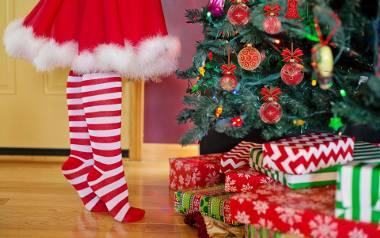 Życzenia świąteczne, życzenia bożonarodzeniowe, życzenia na Boże Narodzenie, wierszyki na Boże Narodzenie: takie frazy od tygodni internauci wpisują