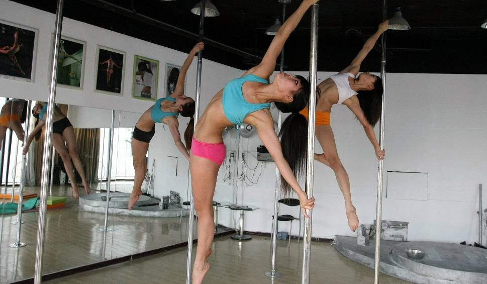 Film do artykułu: Taniec na rurze oficjalnie dyscypliną sportową. Będzie na igrzyskach olimpijskich?