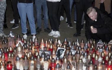 21-letni Adam został śmiertelnie postrzelony przez policjanta w czwartek w Koninie. Sprawę bada prokuratura.