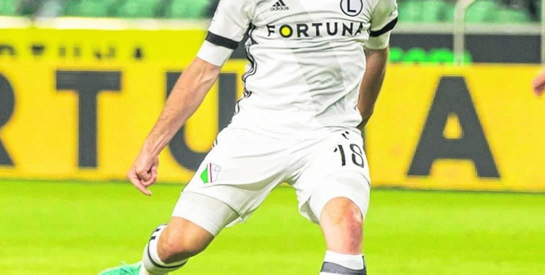 Latem Legia sprowadziła m.in. Sadiku i Pasquiato. Na początku sezonu najwięcej bramek (trzy) zdobył jednak Michał Kucharczyk