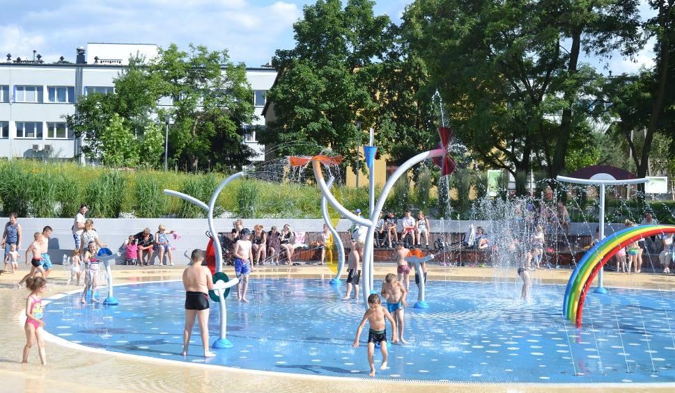 Film do artykułu: Wodny Plac Zabaw w Jaworznie nie zostanie uruchomiony w tym sezonie? Prawdopodobnie będziemy mogli tutaj tylko spacerować