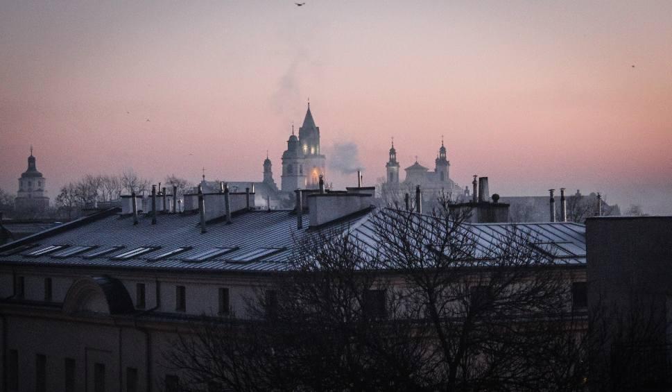 Film do artykułu: Smog w Lublinie. Stan powietrza jest bardzo zły. Normy przekroczone. Lepiej nie wychodzić z budynków
