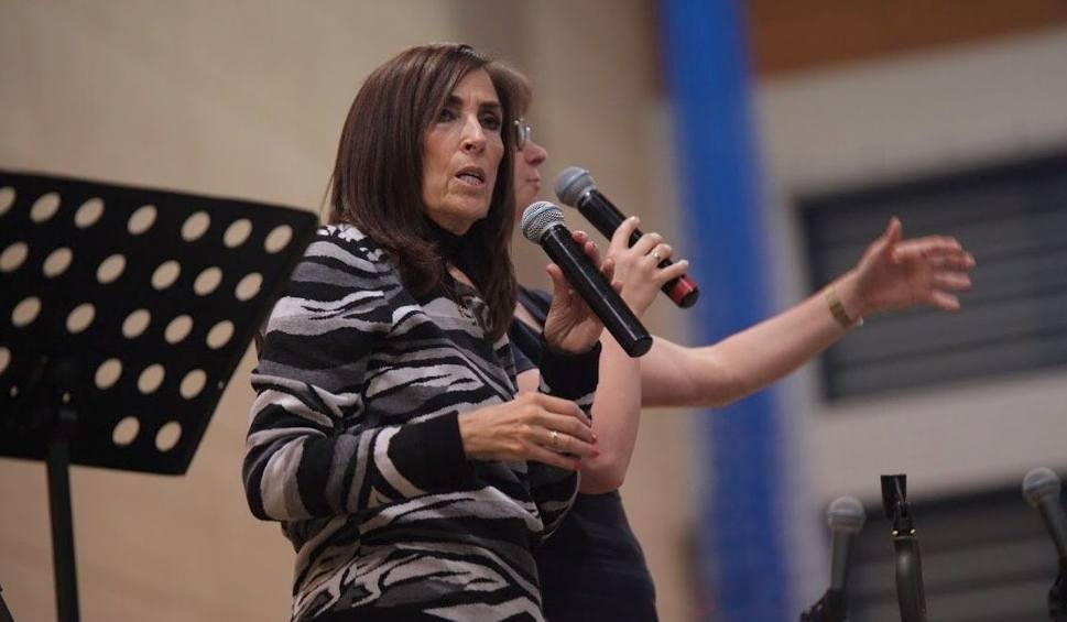 Film do artykułu: O cudach, mocy Ducha Świętego na Weekendowej Szkole Chwały w Kielcach. Jest Maria Vadia. Zobacz wyjątkowe wideo