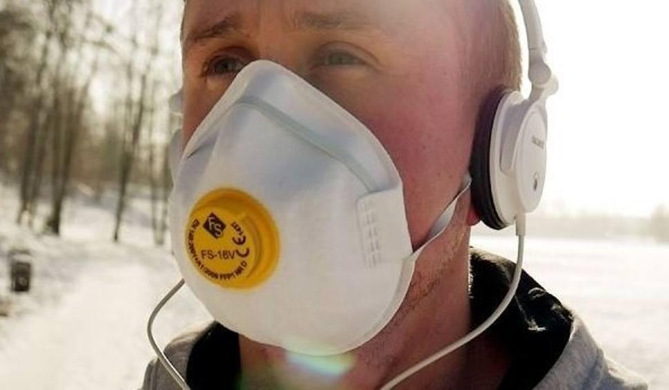 Film do artykułu: Kabaret Czwarta Fala zabrał głos w sprawie smogu!