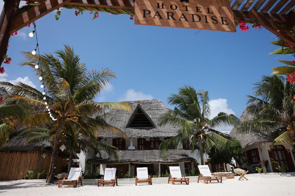 hotel paradise zdjęcia