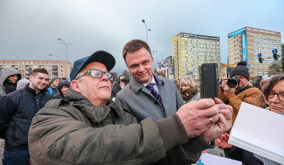 Film do artykułu: Szymon Hołownia otworzył biuro w Szczecinie i otrzymał poparcie [ZDJĘCIA]