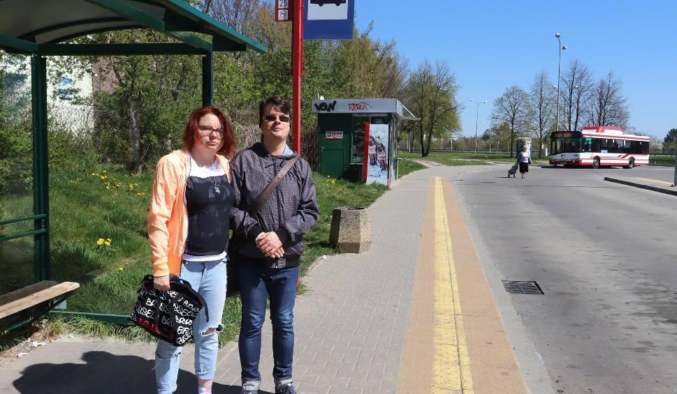 Film do artykułu: Radom. Linia numer 25 nie pojedzie przez Prędocinek. Mieszkańcy nie chcą tej zmiany i podpisują internetową petycję