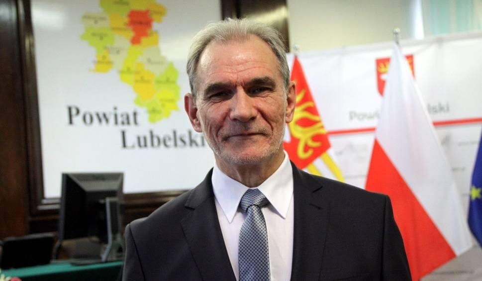 Film do artykułu: Jest nowy starosta lubelski. PiS przejął władzę w powiecie. Zobaczcie nowych radnych (ZDJĘCIA)
