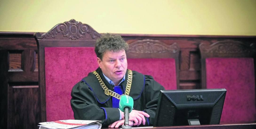 Sędzia Jacek Żółć na posiedzeniu w sprawie wniosku o przekazanie skazanego stwierdził, że nie ma prawnych przeszkód, by Łukasz K. ze Słupska odbył resztę