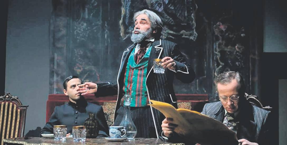 Błażej Michalski (Alosza), Dariusz Bereski (Fiodor) i Marcin Piejaś (Iwan) w jednej ze scen