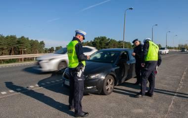 NIK uważa, że policjanci kontrolujący ruch drogowy nie byli dostatecznie przeszkoleni w zakresie dokonywania oceny, czy kierujący znajduje się pod wpływem