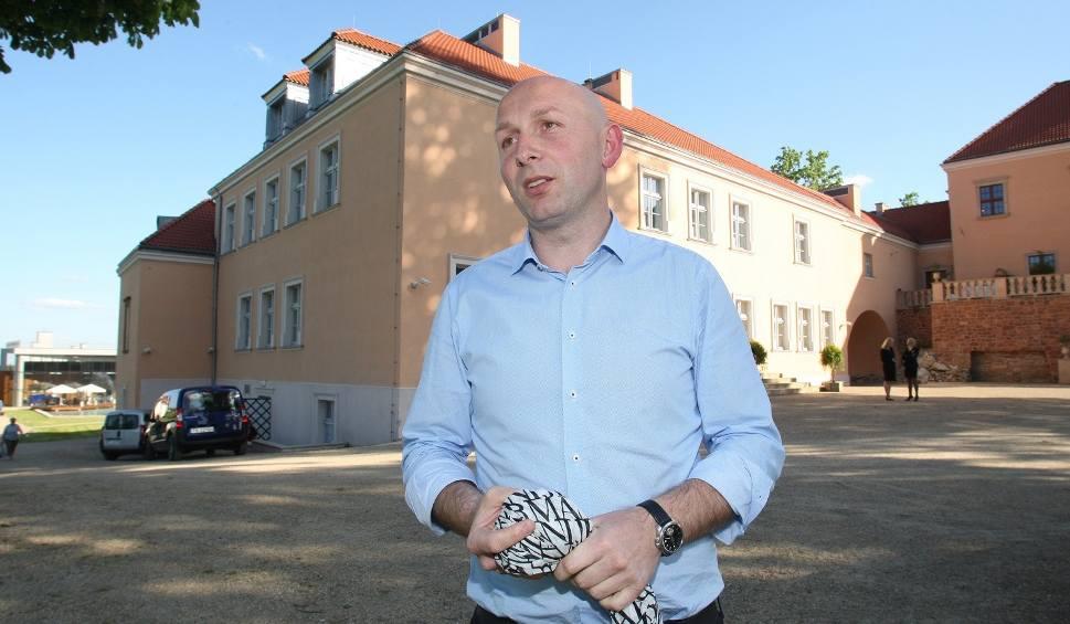 """Film do artykułu: Szokująca nominacja. Marcin Perz szefem Specjalnej Strefy Ekonomicznej """"Starachowice"""""""