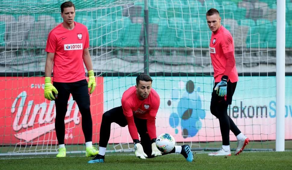 Film do artykułu: Wojciech Szczęsny kontra Łukasz Fabiański. Nowy selekcjoner strzelił sobie w kolano stawiając na bramkarza Juventusu?