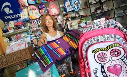 Wyprawka szkolna 2017. Sprawdź ceny w poszczególnych sklepach.