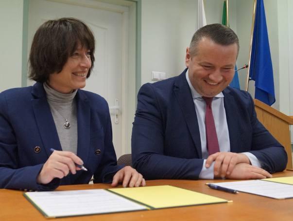 Uniwersytet Warszawski rozpoczyna współpracę z ostrołęckimi szkołami. Miasto podpisało porozumienie z Wydziałem Pedagogicznym UW
