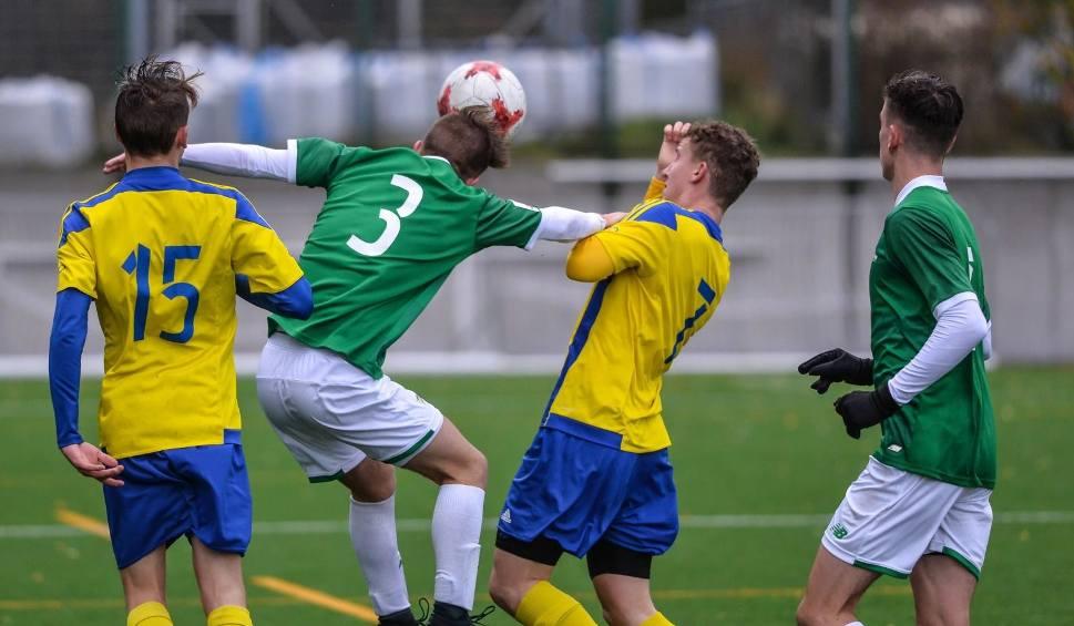 Film do artykułu: Centralna Liga Juniorów U-17. Derby pomiędzy Arką Gdynia i Lechią Gdańsk to walka, ale i szacunek [wideo, zdjęcia]