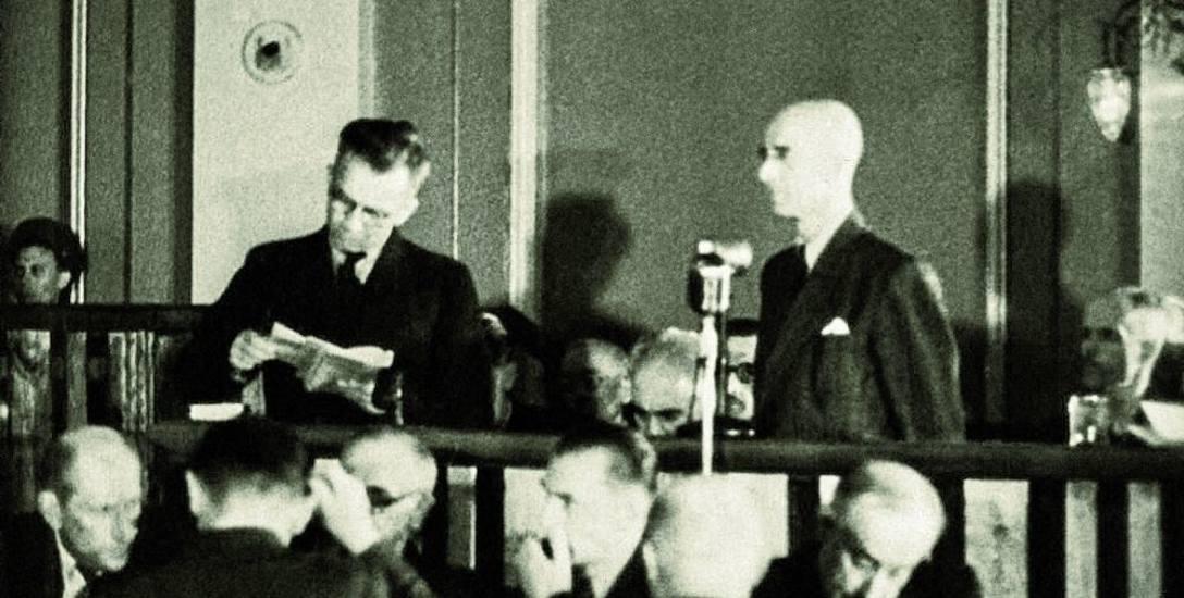 Konfrontacja Jankowskiego z Okulickim (z lewej)