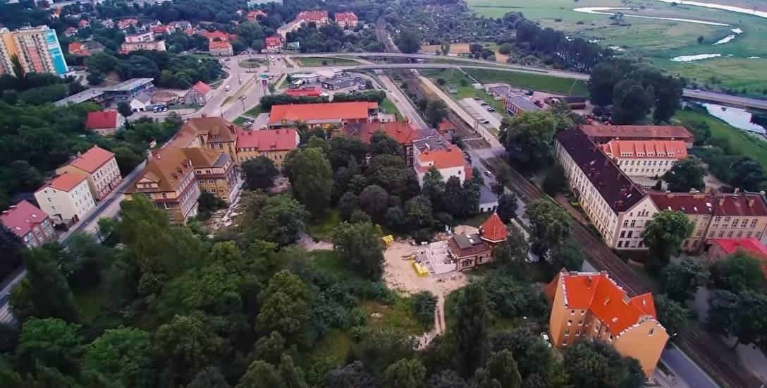 Dawny szpital przy ul. Warszawskiej ma się zamienić w supernowoczesny kompleks szkół technicznych i zawodowych
