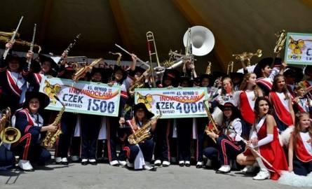 Młodzieżowa Orkiestra Dęta Miasta Zwolenia na festiwalu w Inowrocławiu.