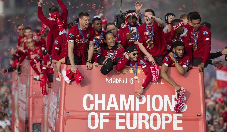Film do artykułu: Liverpool chce mistrzostwa Anglii, Manchester City marzy o wygraniu Ligi Mistrzów - różne priorytety angielskich gigantów [ZAPOWIEDŹ]