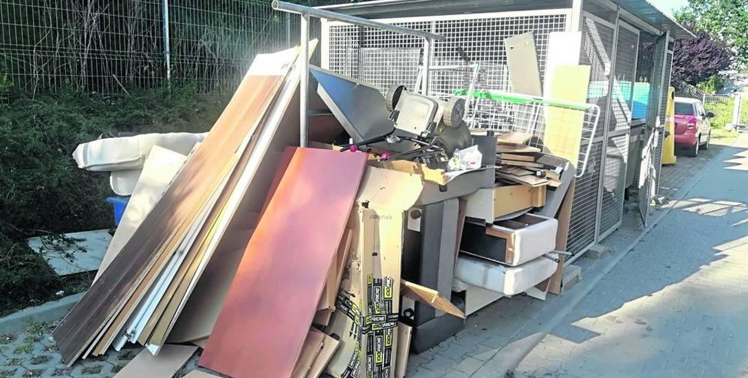 Problem dotyczy tylko gabarytów. Zwykłe śmieci są odbierane terminowo i bez trudu