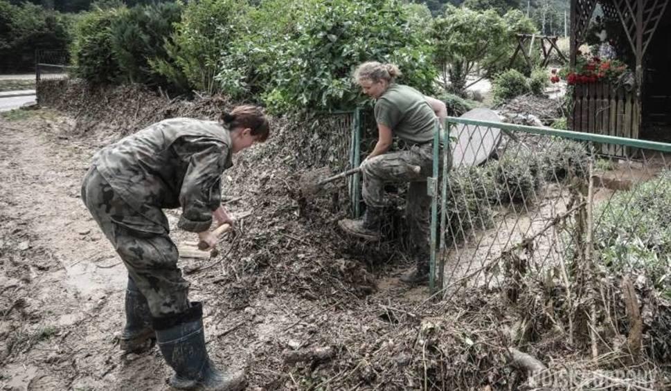 Film do artykułu: Milionowe straty po przejściu burzy w gm. Modliborzyce. Zniszczone są budynki i drogi